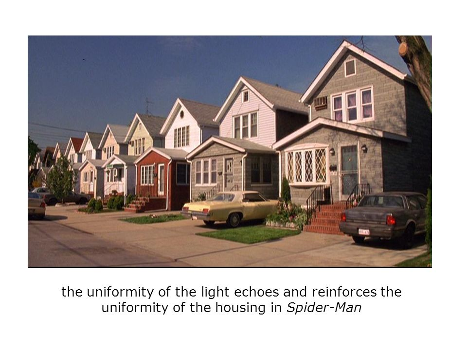 the uniformity of the light echoes and reinforces the uniformity of the housing in Spider-Man