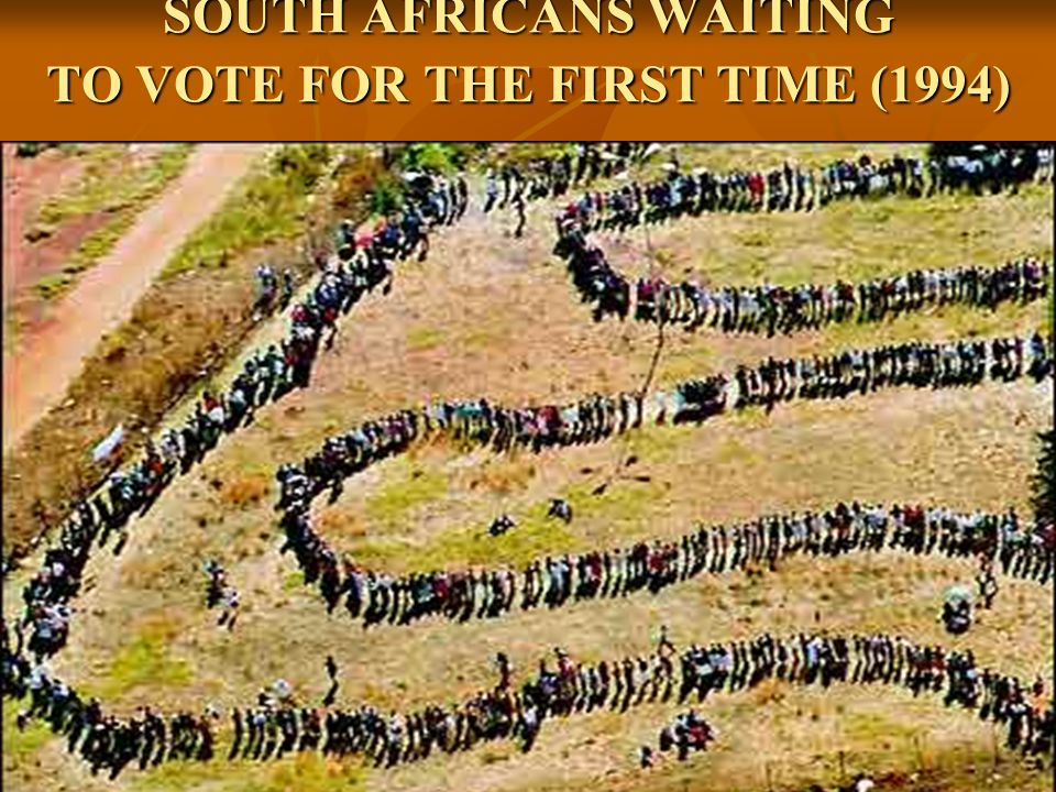 SOUTH AFRICANS WAITING TO VOTE FOR THE FIRST TIME (1994)