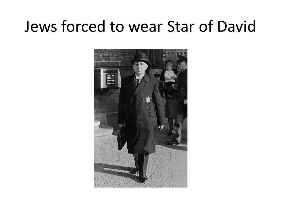 Jews forced to wear Star of David
