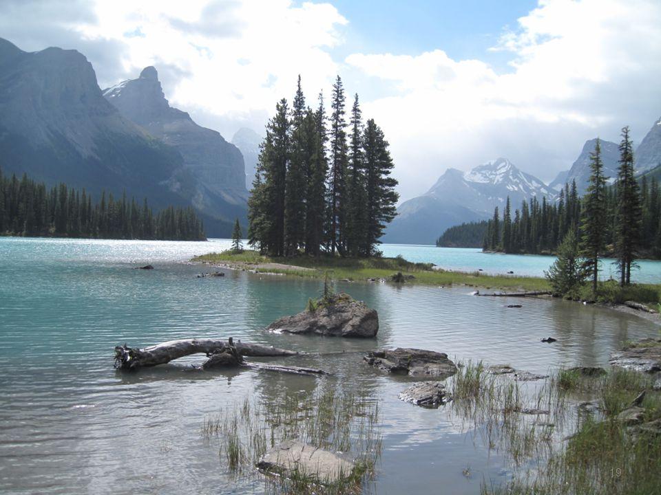 사진작가들의 꿈의 장소: spirit island in Maligne lake
