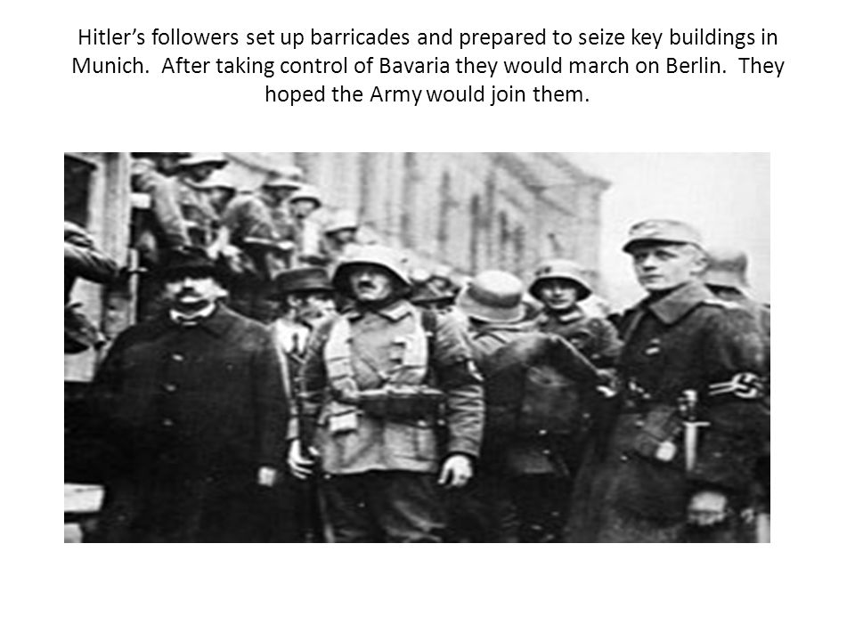 Hitler's followers set up barricades and prepared to seize key buildings in Munich.