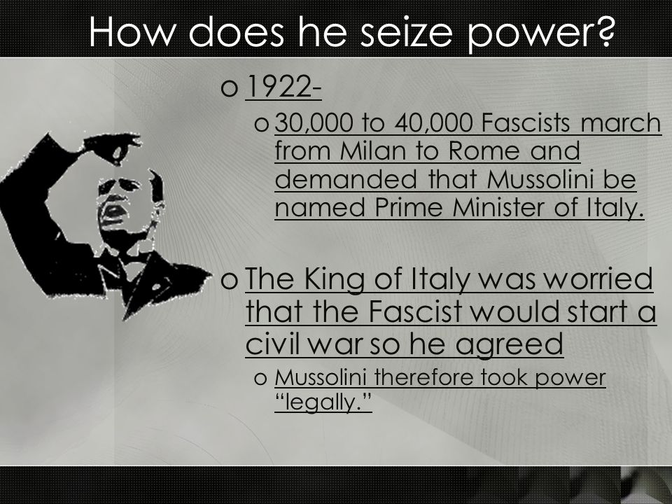 How does he seize power 1922-