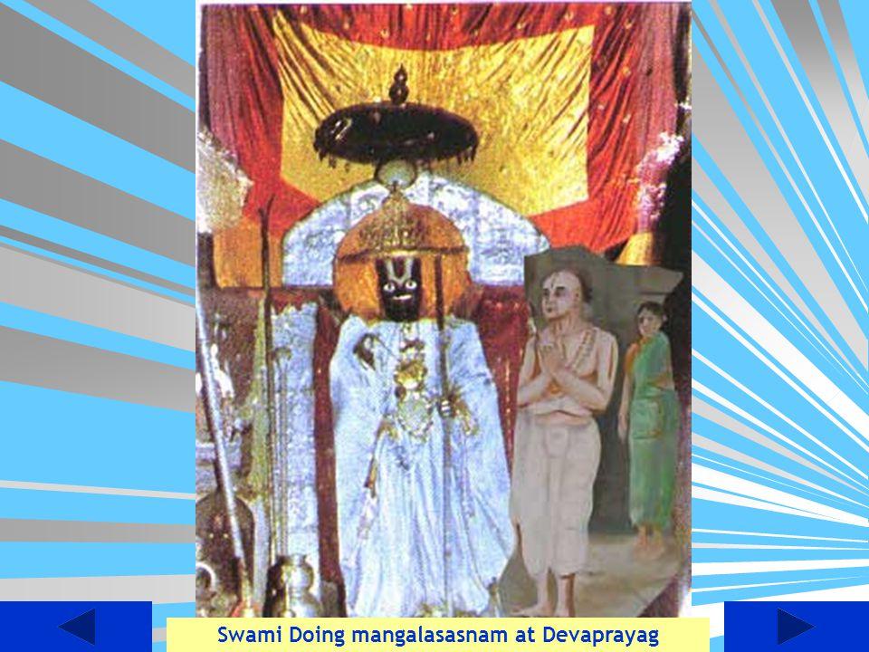 Swami Doing mangalasasnam at Devaprayag