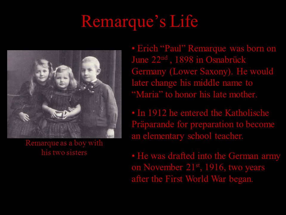 Remarque as a boy with his two sisters
