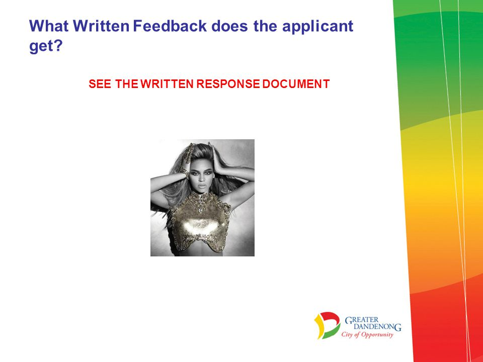 What Written Feedback does the applicant get