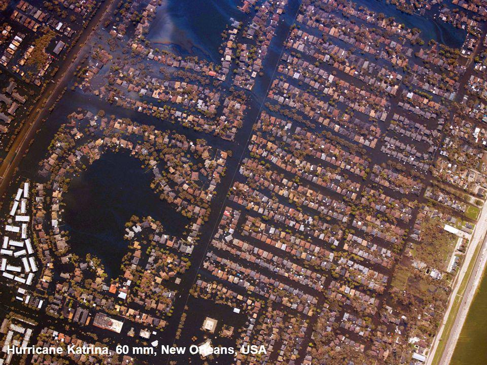 Hurricane Katrina, 60 mm, New Orleans, USA