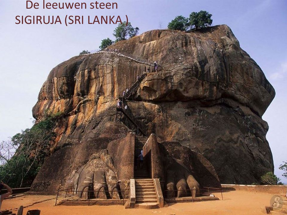 De leeuwen steen SIGIRUJA (SRI LANKA )
