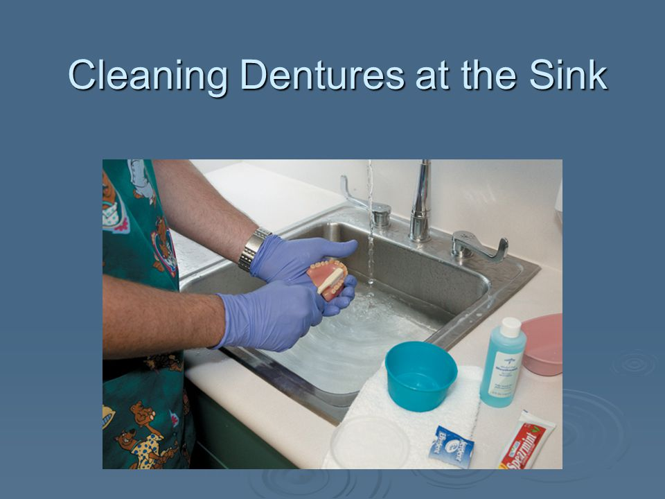 Cleaning Dentures at the Sink