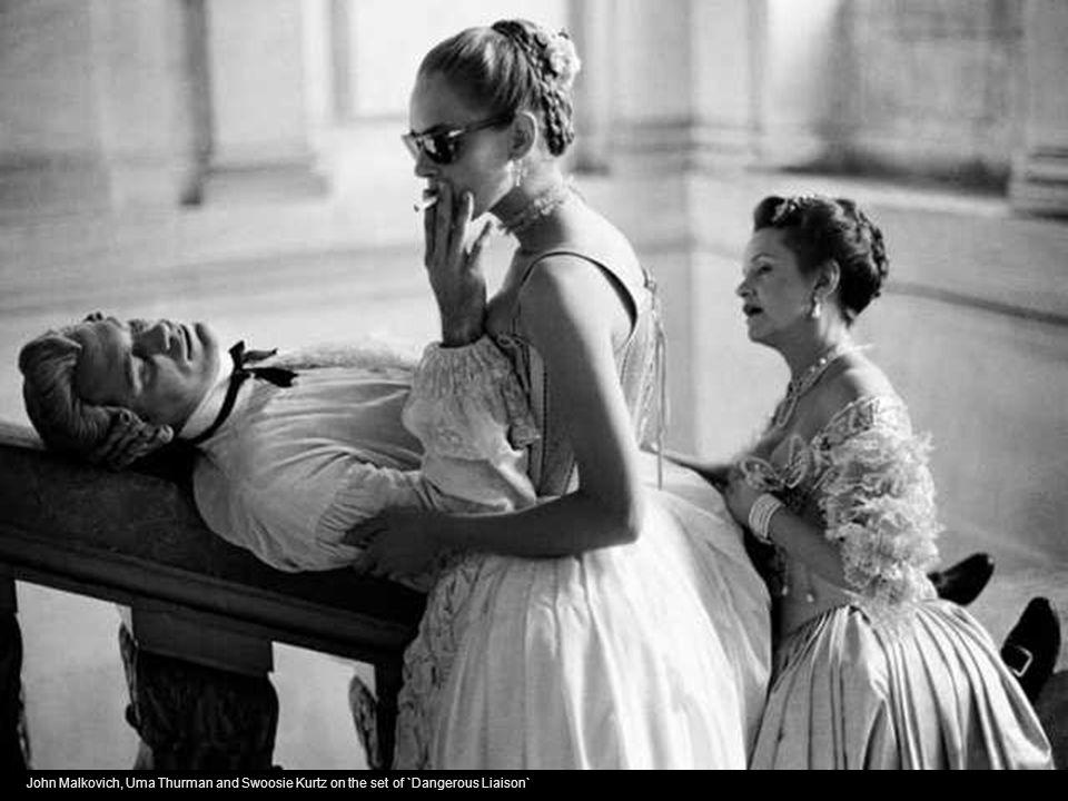 John Malkovich, Uma Thurman and Swoosie Kurtz on the set of `Dangerous Liaison`