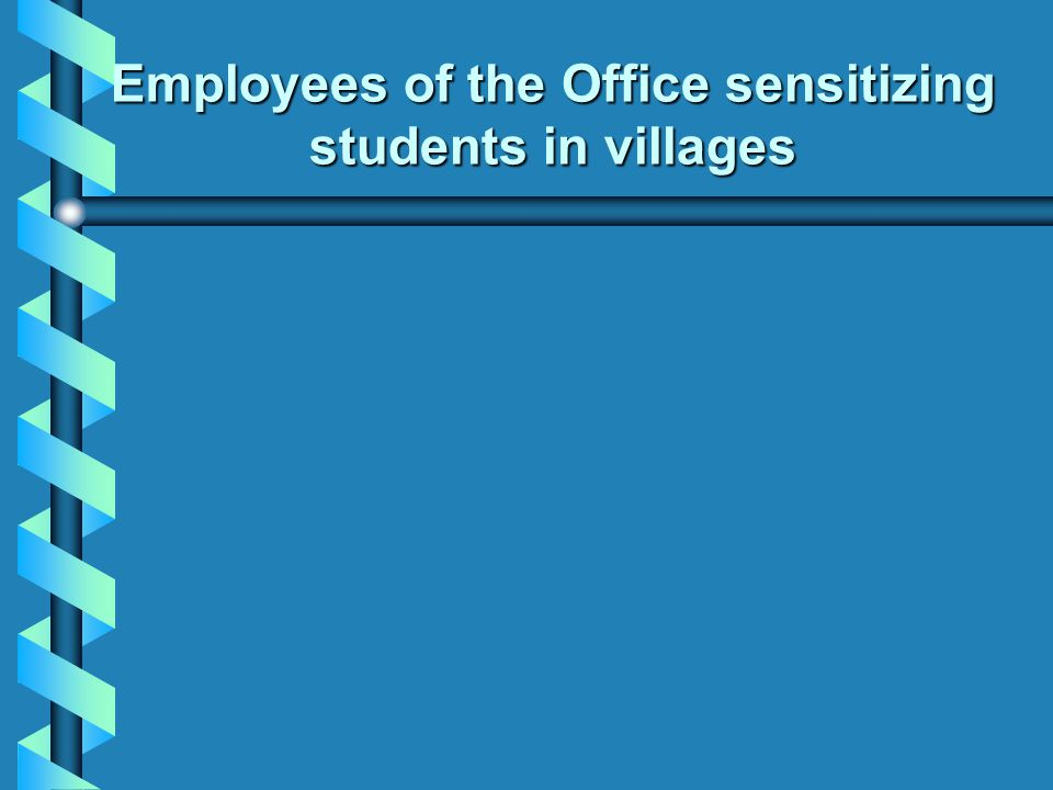 Employees of the Office sensitizing students in villages