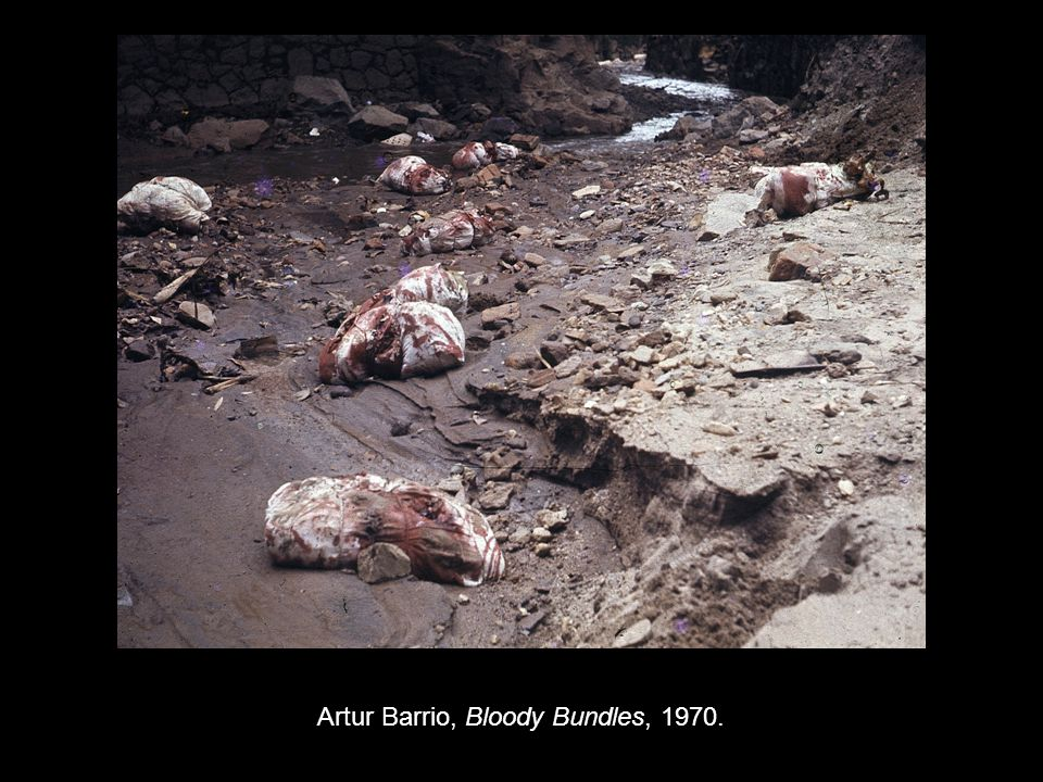Artur Barrio, Bloody Bundles, 1970.