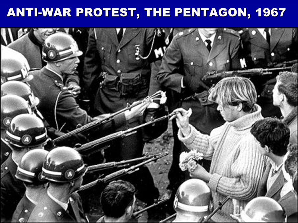 ANTI-WAR PROTEST, THE PENTAGON, 1967