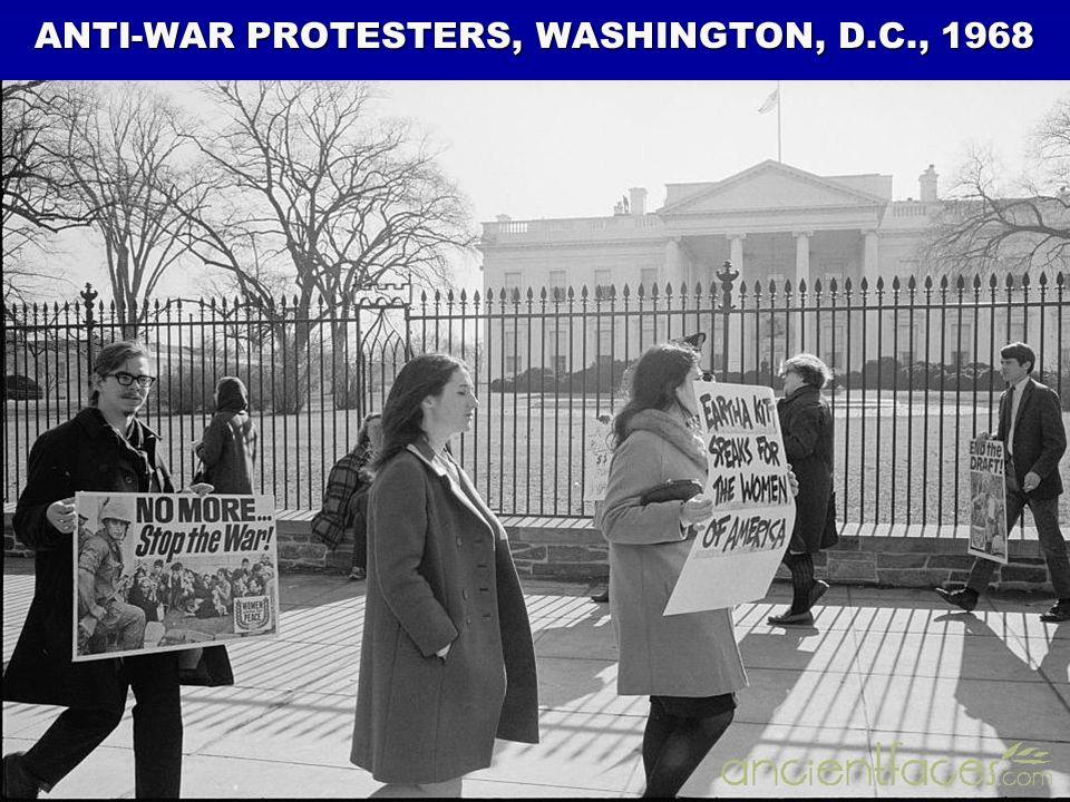 ANTI-WAR PROTESTERS, WASHINGTON, D.C., 1968