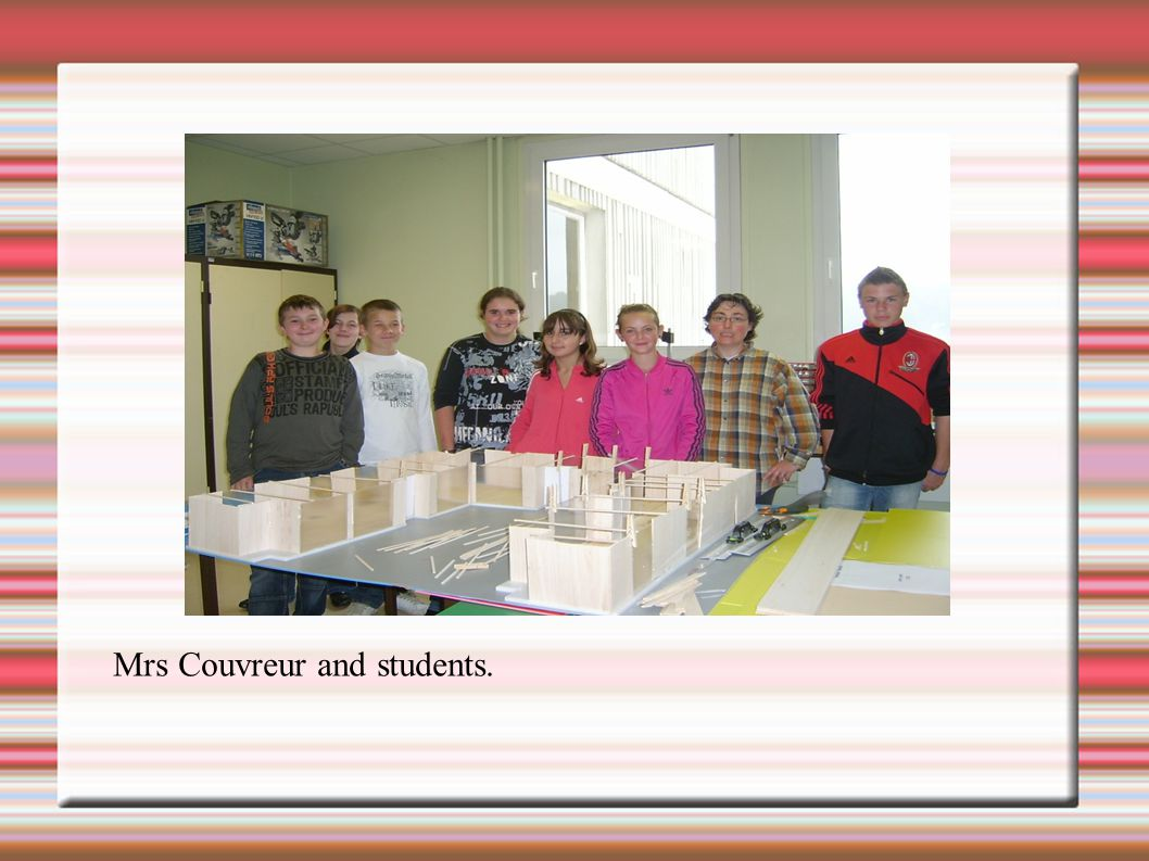 Mrs Couvreur and students.