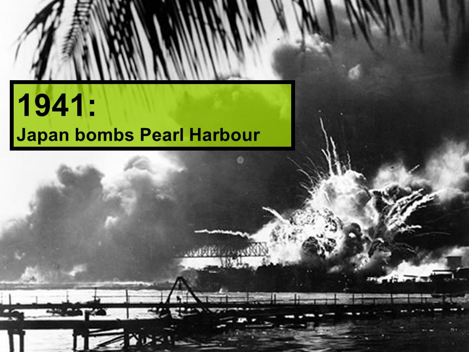 1941: Japan bombs Pearl Harbour