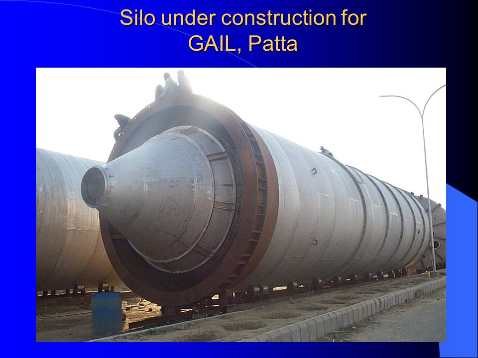 Silo under construction for GAIL, Patta