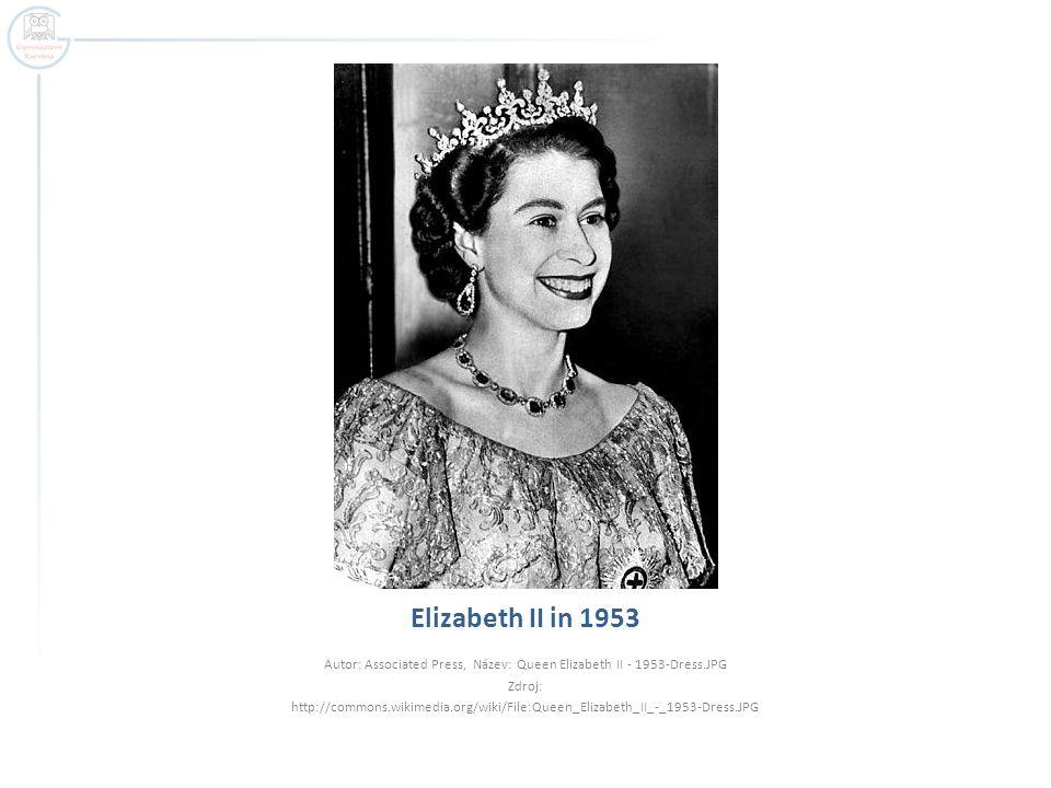 Autor: Associated Press, Název: Queen Elizabeth II - 1953-Dress.JPG