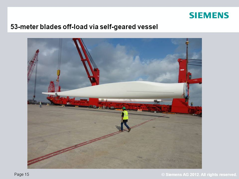 53-meter blades off-load via self-geared vessel