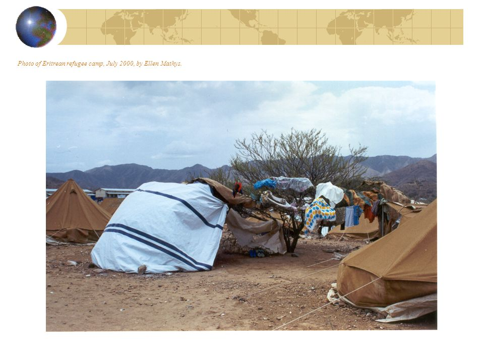 Photo of sheeting and laundry in Eritrea – Ellen Mathys, July 2000.
