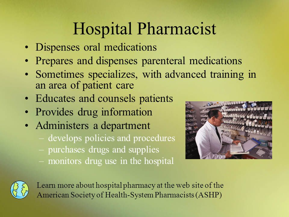 Hospital Pharmacist Dispenses oral medications