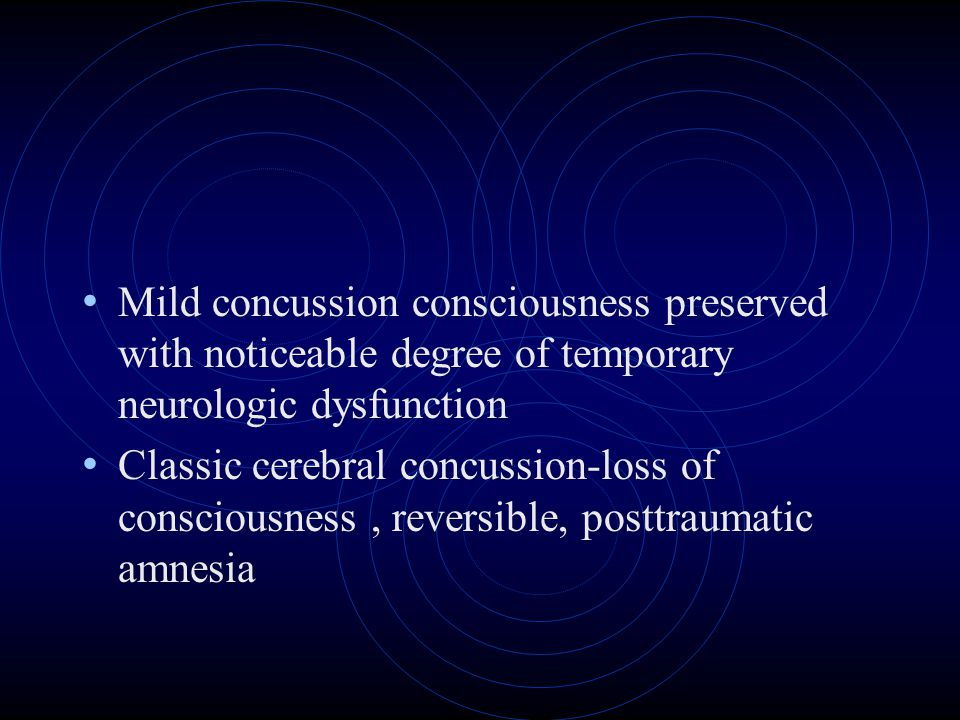 Mild concussion consciousness preserved with noticeable degree of temporary neurologic dysfunction