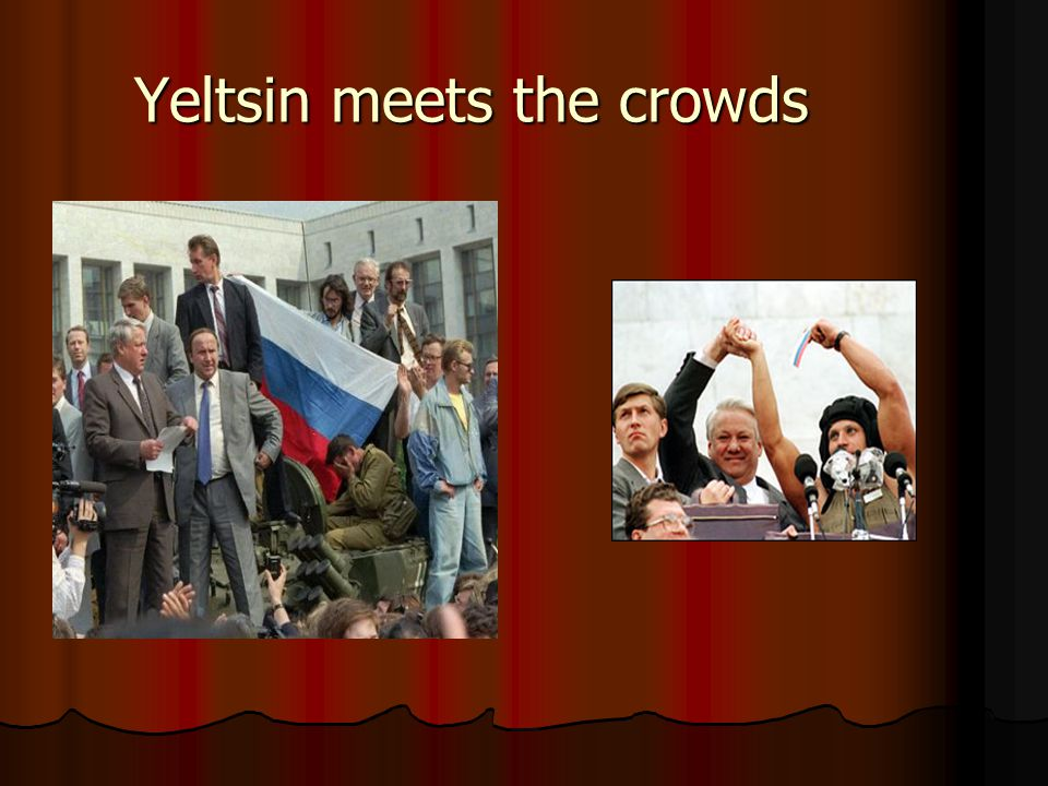 Yeltsin meets the crowds