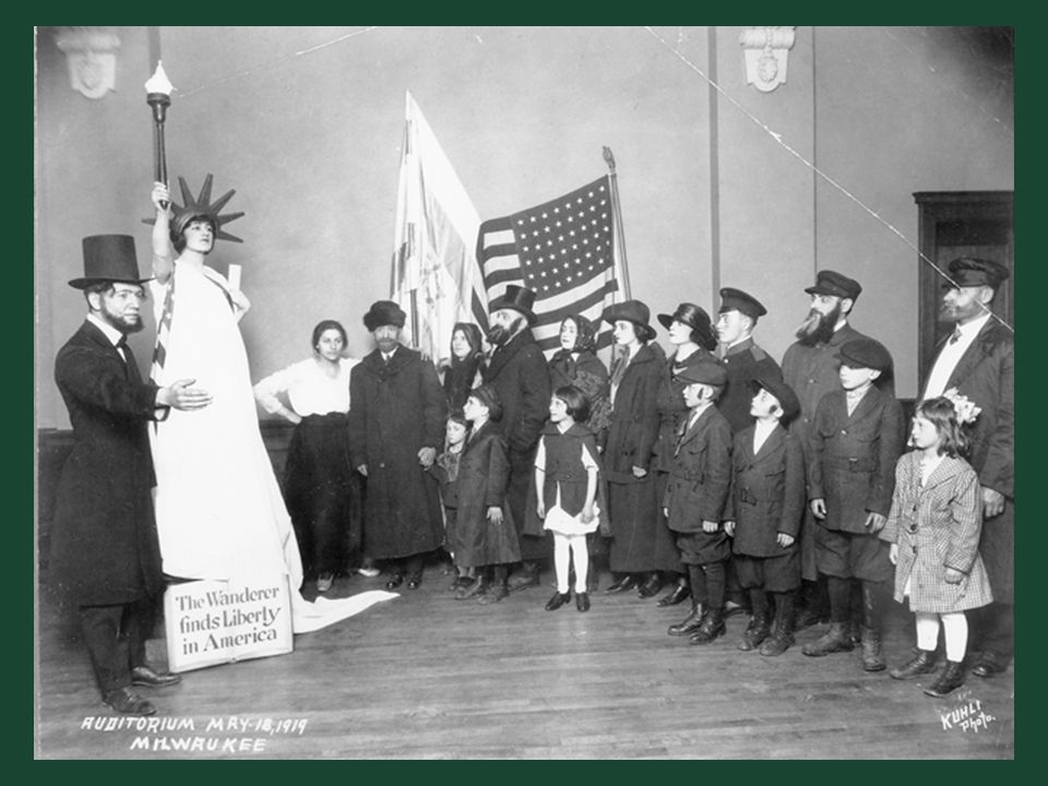 Ch. 19, Image 19 A 1919 Americanization pageant in Milwaukee, in which immigrants encounter Abraham Lincoln and the Statue of Liberty.