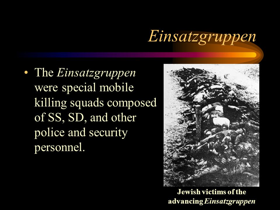 Jewish victims of the advancing Einsatzgruppen