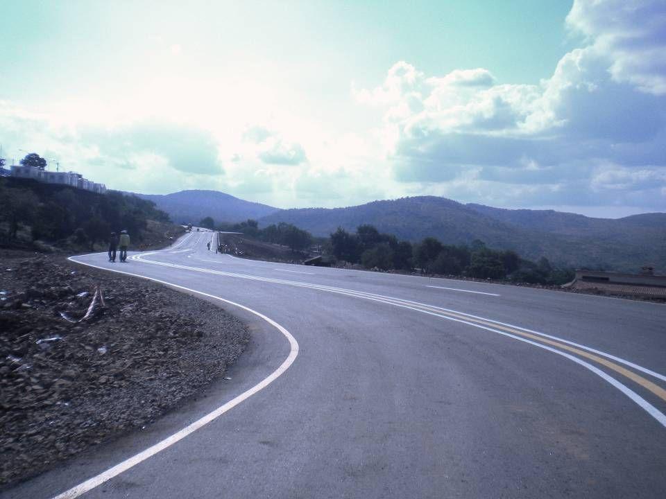 Lebombo/Ressano Garcia Border Post