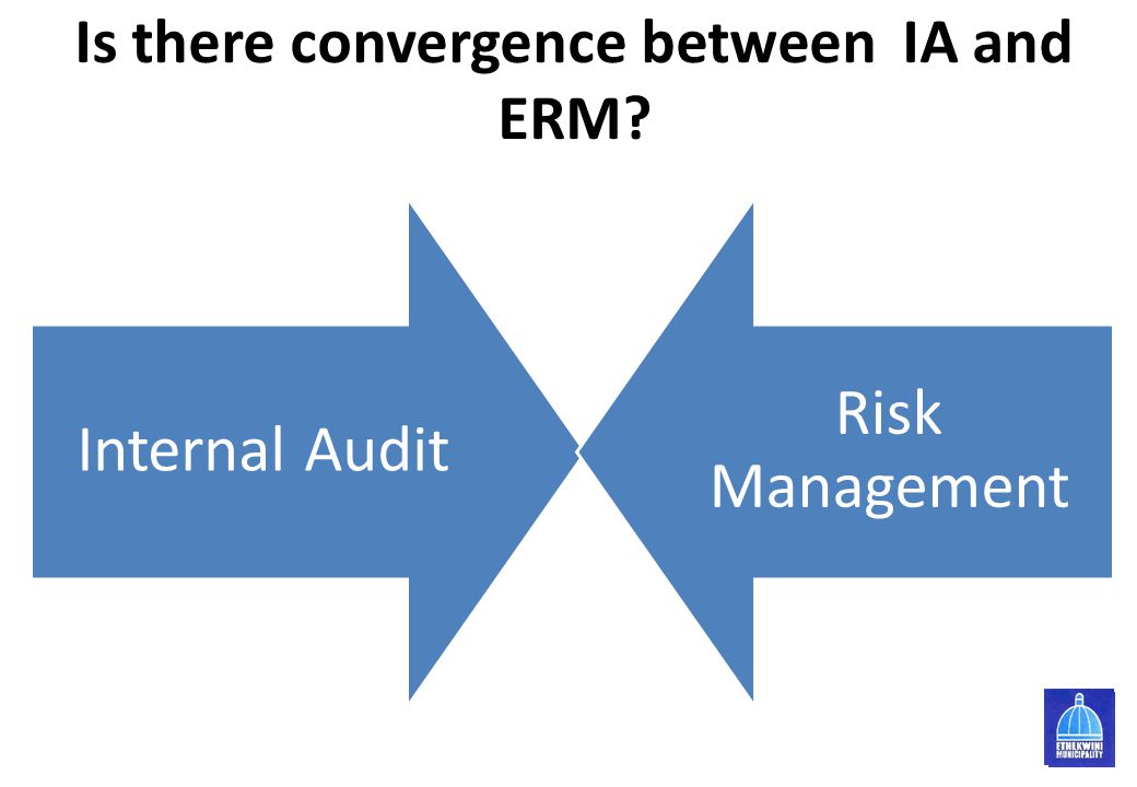 Is there convergence between IA and ERM