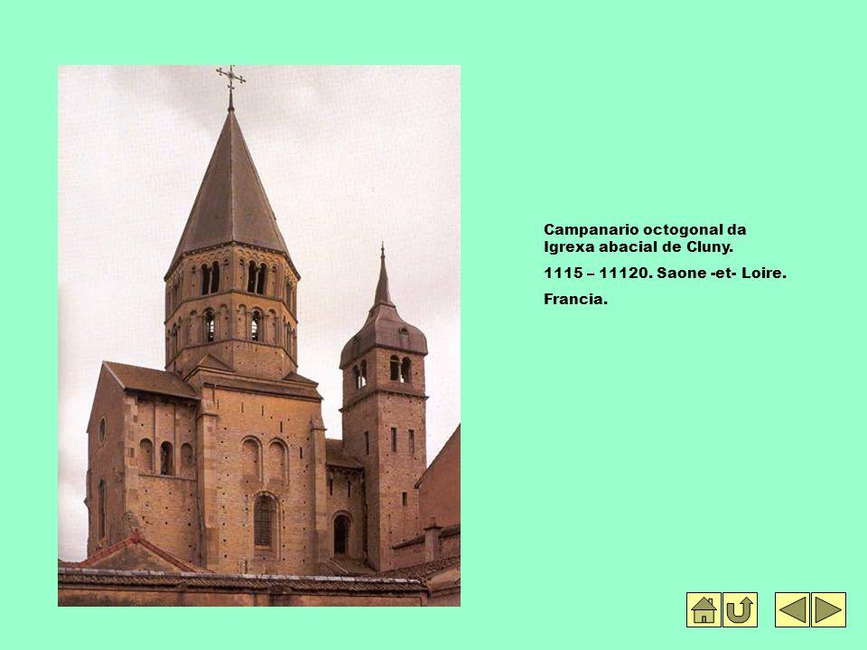 Campanario octogonal da Igrexa abacial de Cluny.