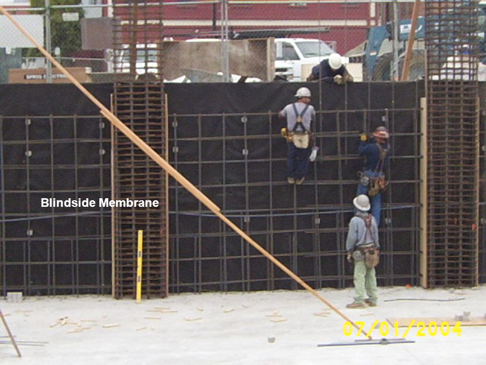 THE SPLIT SLAB MEMBRANE ACTS AS A BARRIER TO WATER & MOISTURE