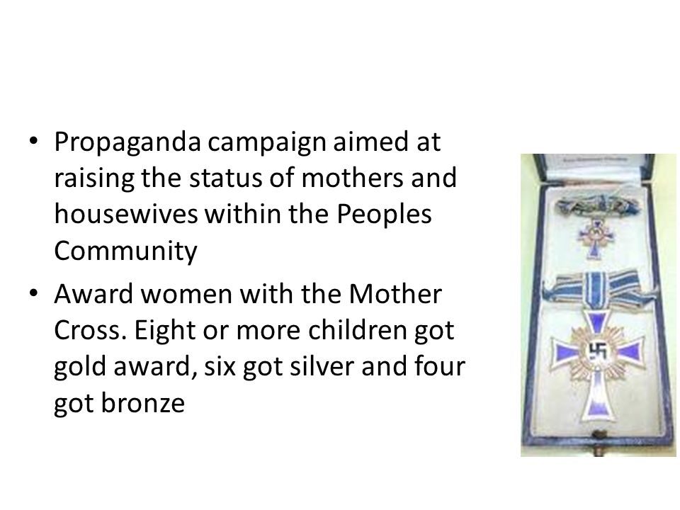 Propaganda campaign aimed at raising the status of mothers and housewives within the Peoples Community