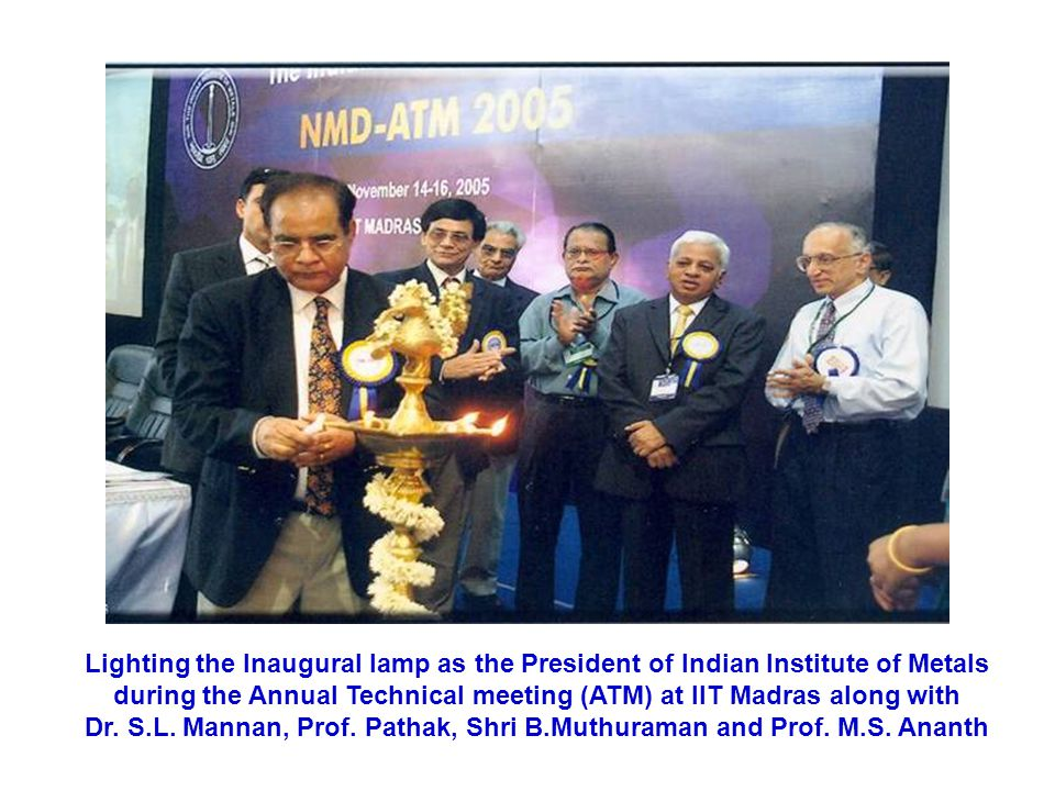 Dr. S.L. Mannan, Prof. Pathak, Shri B.Muthuraman and Prof. M.S. Ananth