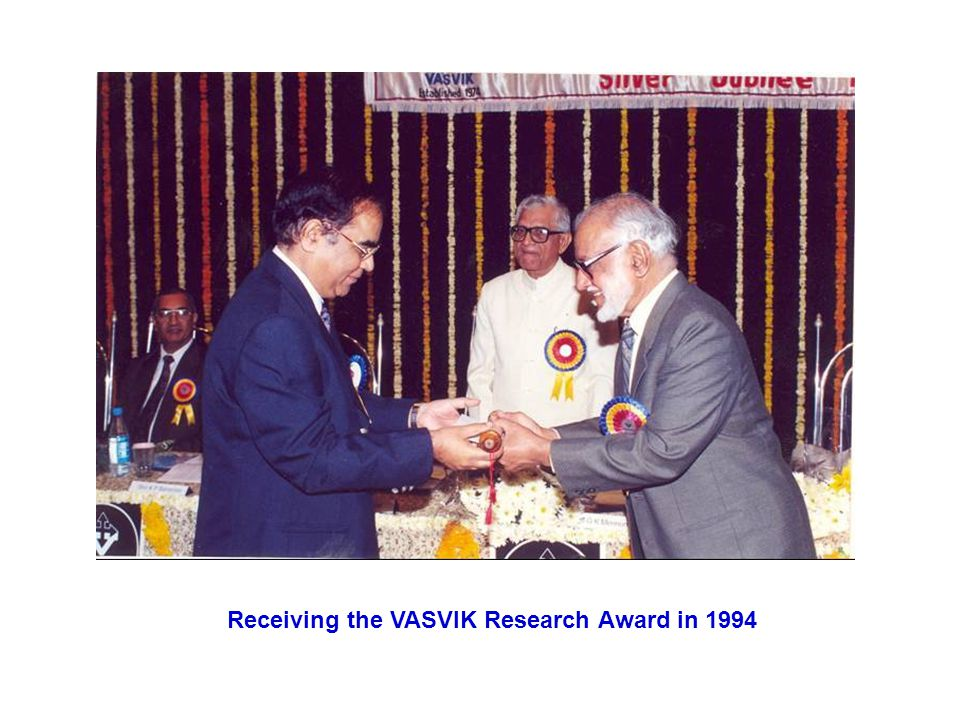 Receiving the VASVIK Research Award in 1994