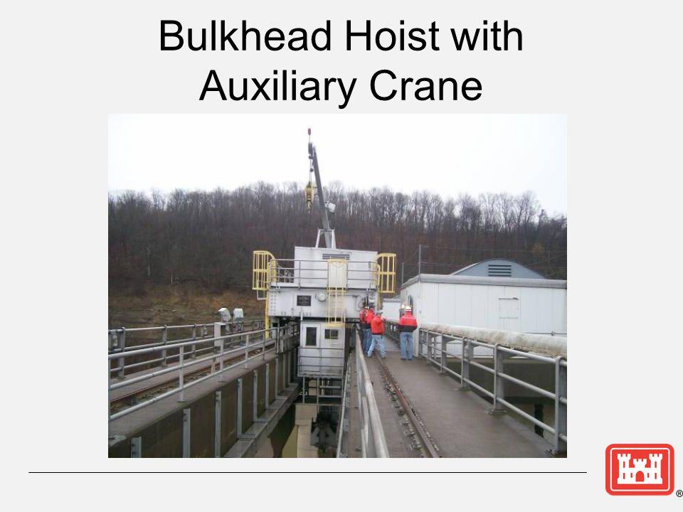 Bulkhead Hoist with Auxiliary Crane