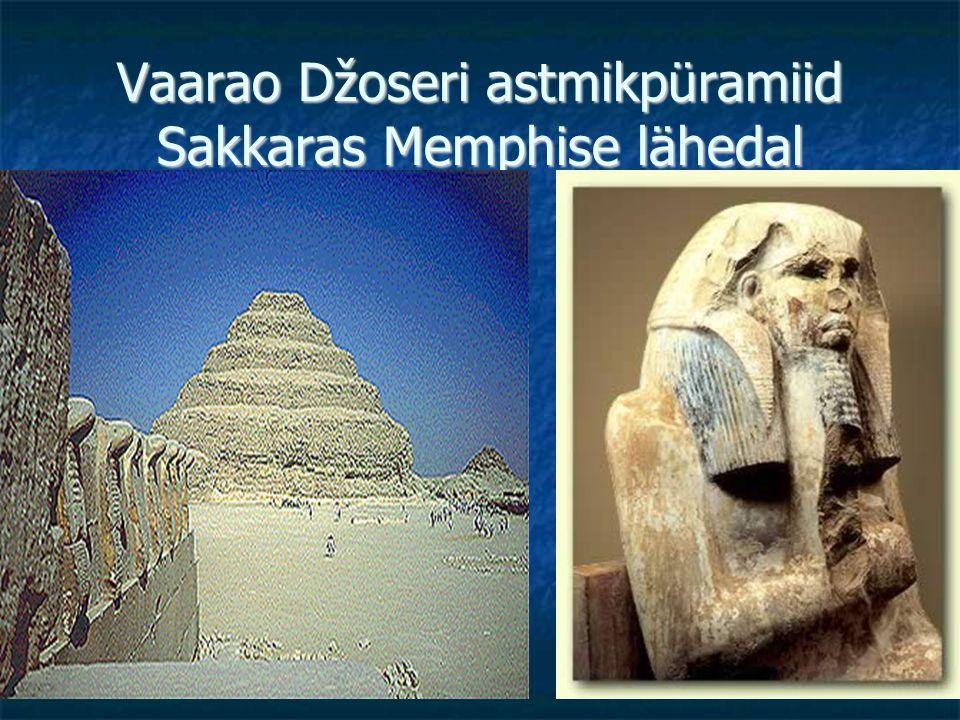 Vaarao Džoseri astmikpüramiid Sakkaras Memphise lähedal