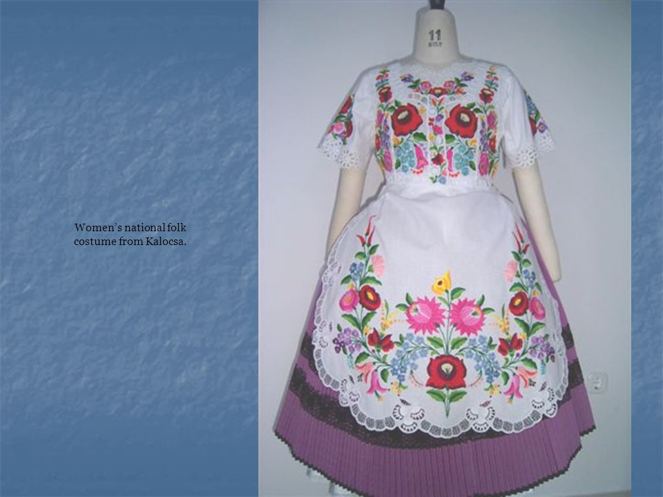 Women's national folk costume from Kalocsa.