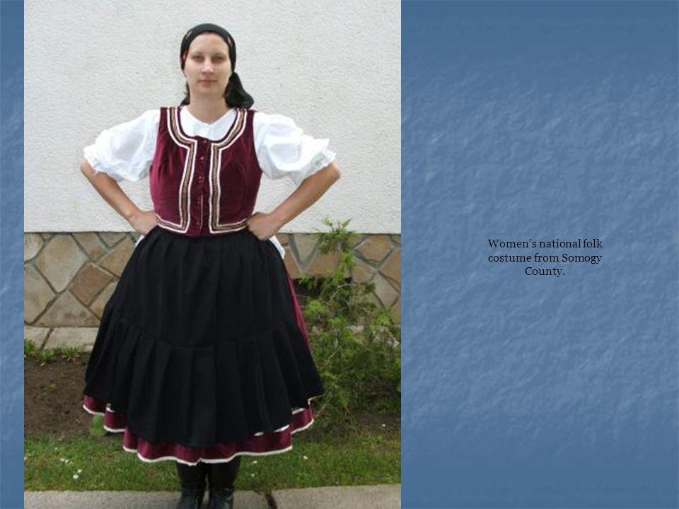 Women's national folk costume from Somogy County.