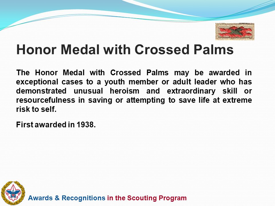 Honor Medal with Crossed Palms