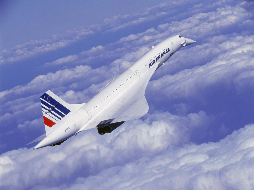 UNLIKE CONCORDE, CONCORD IS A GRAMMATICAL CATEGORY.