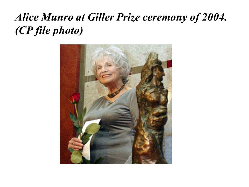 Alice Munro at Giller Prize ceremony of 2004. (CP file photo)