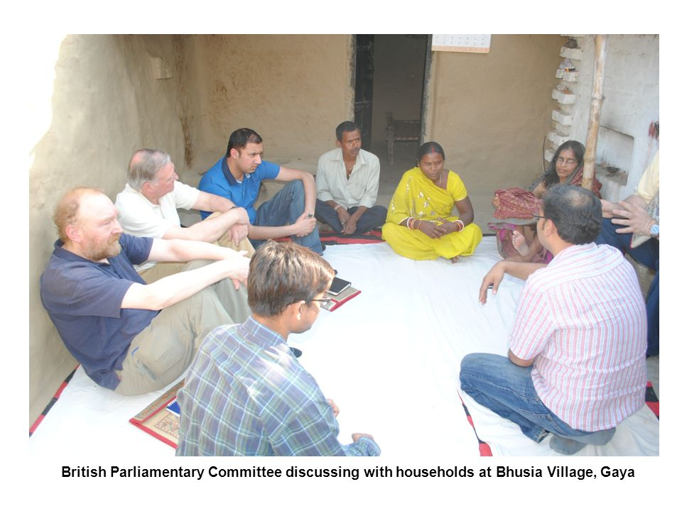 British Parliamentary Committee discussing with households at Bhusia Village, Gaya