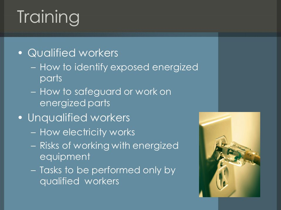 Training Qualified workers Unqualified workers