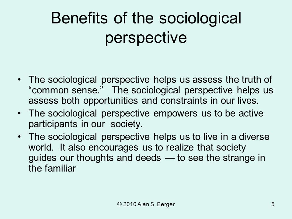 advantages of being in an individualistic culture Individualism is the one side versus its opposite, collectivism, that is the degree to which individuals are integrated into groups on the individualist side we find societies in which the ties between individuals are loose: everyone is expected to look after him/herself and his/her immediate family.