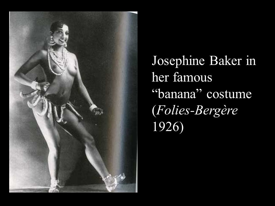 Josephine Baker in her famous banana costume (Folies-Bergère 1926)