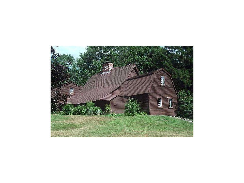 Bearing wall systems: Fairbanks House, 1638, Dedham, Massachusetts