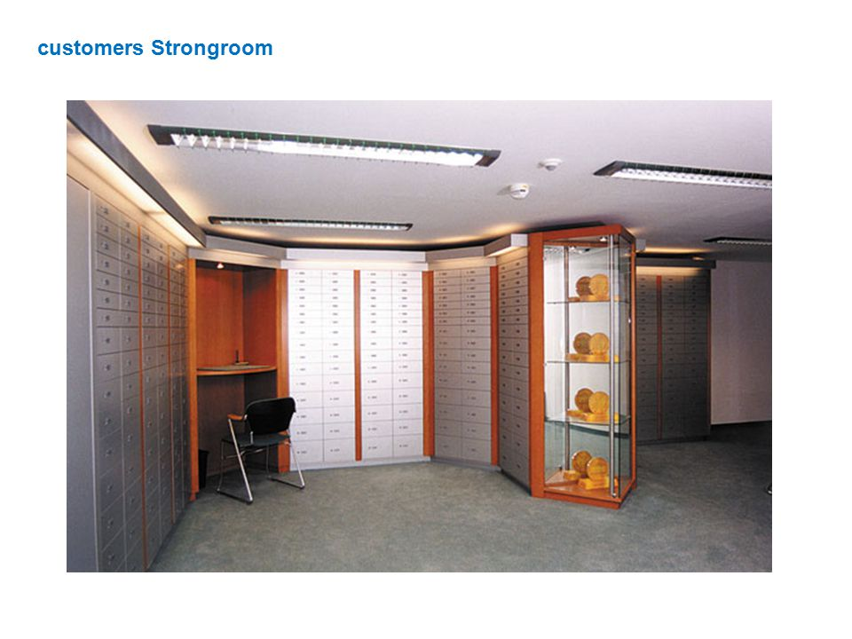customers Strongroom
