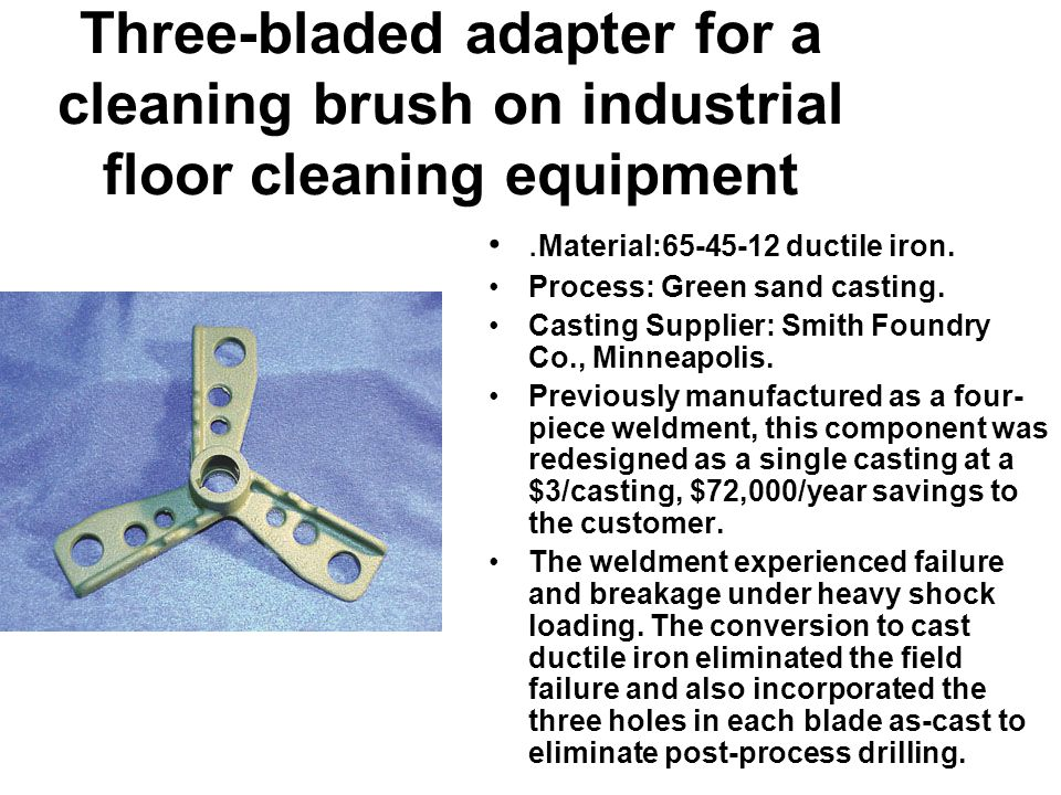 Three-bladed adapter for a cleaning brush on industrial floor cleaning equipment