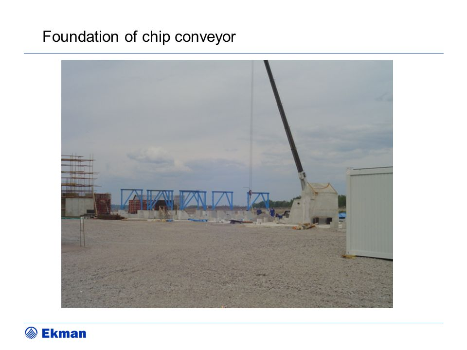 Foundation of chip conveyor